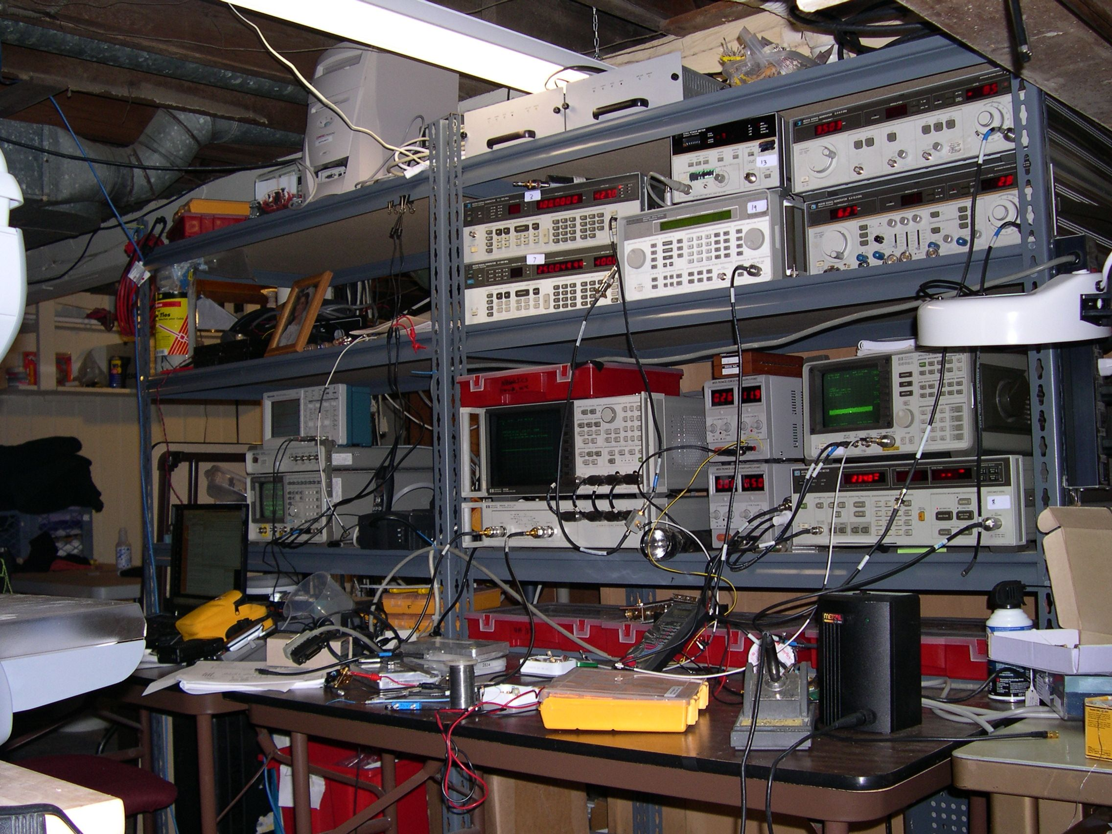 Diy Electronics Repair Workbench : Electronics lab rfdude hardware workbenches