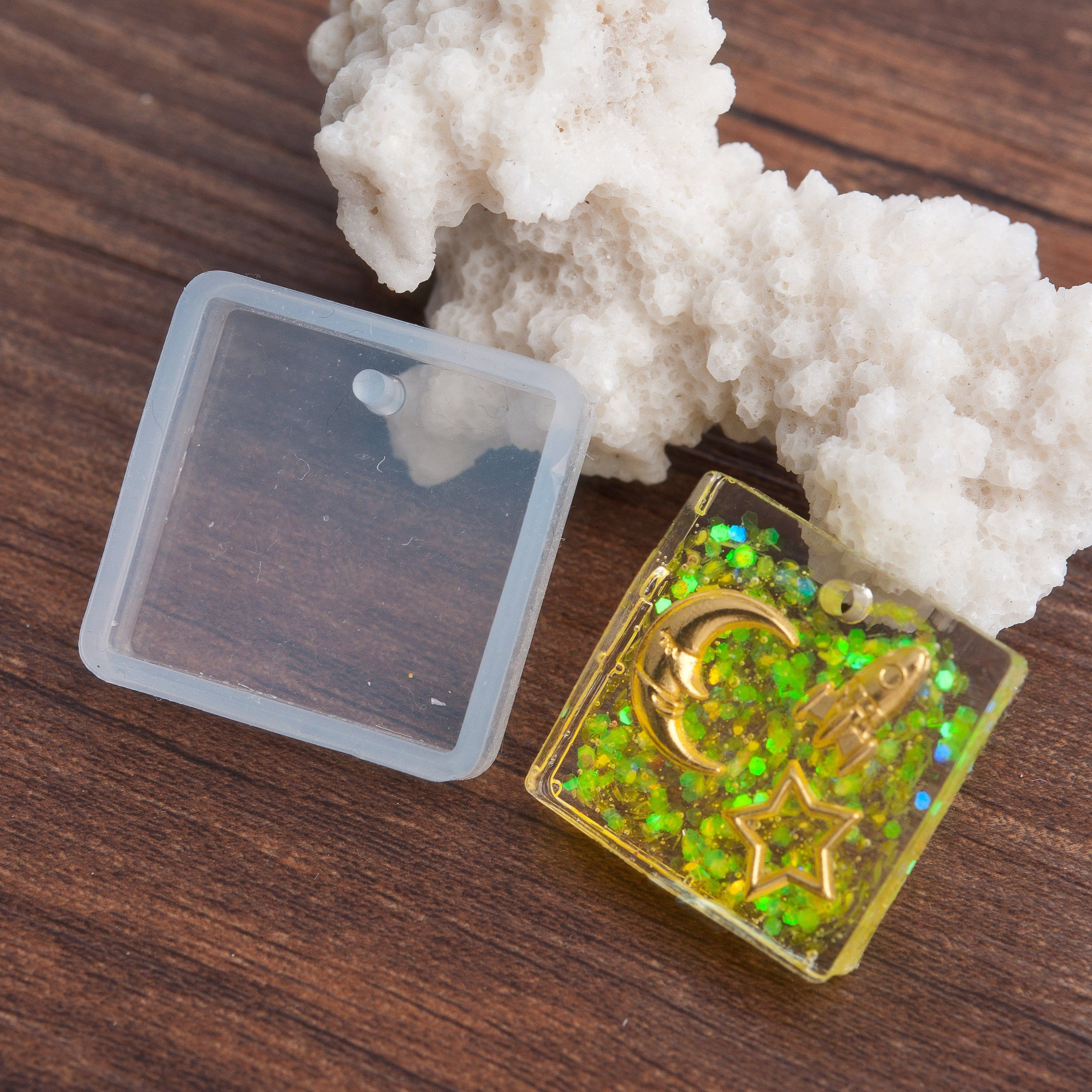 2 RESIN Square PENDANT MOLDS, Silicone Mold to make