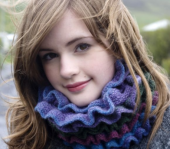 Alda : Knitty Deep Fall 2011