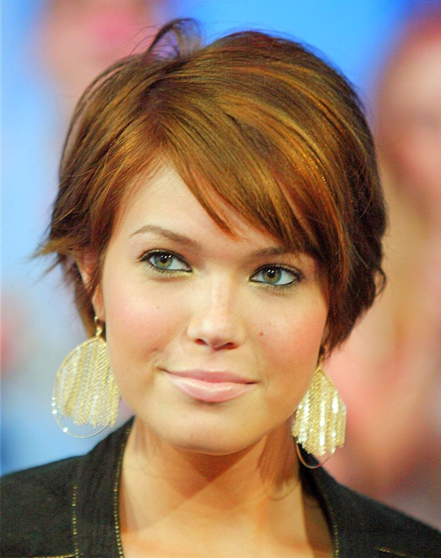 Magnificent Short Haircuts For Thick Hair Womens Short Haircuts
