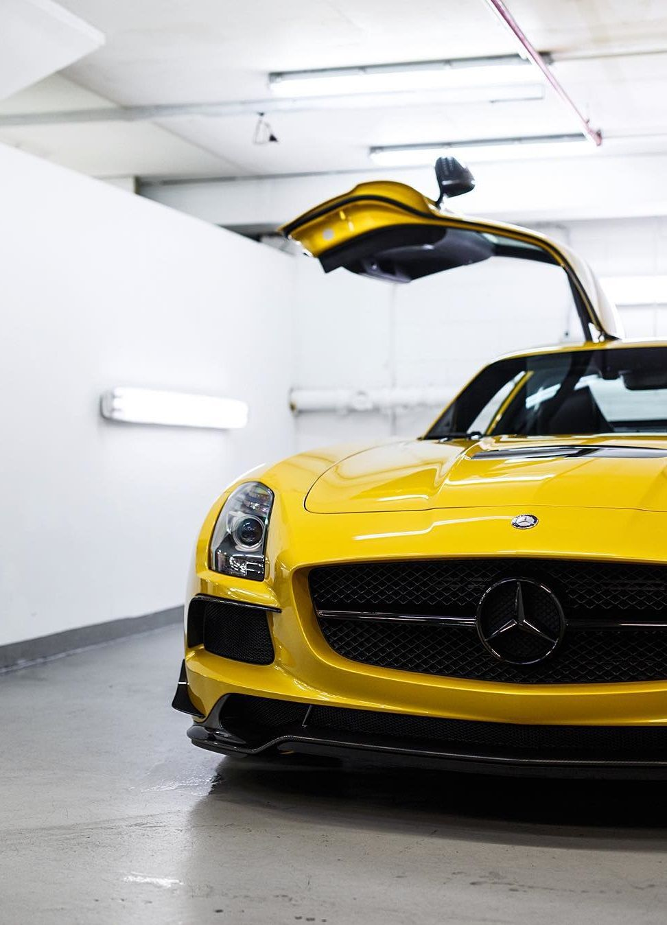 This #Mercedes SLS AMG in yellow is perfection. #SuperCar #Speed #Power #Performance #Cars #CarShowSafari