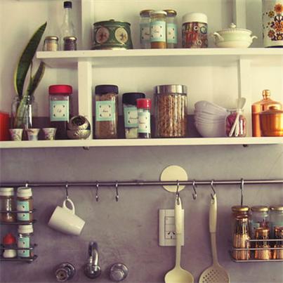 Reutiliza Tus Frascos De Vidrio Para Organizar Tu Cocina Decoracion Reciclada Cocina Industrial Frasco De Vidrio