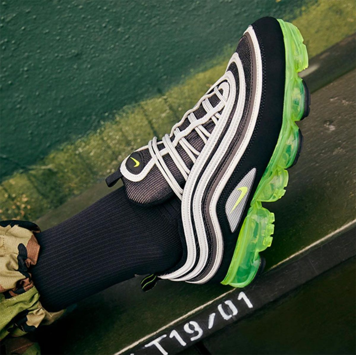 buy online 64a14 1ac7d Volt+Nike+Vapormax+97+Release+Date | Sneakers in 2019 ...