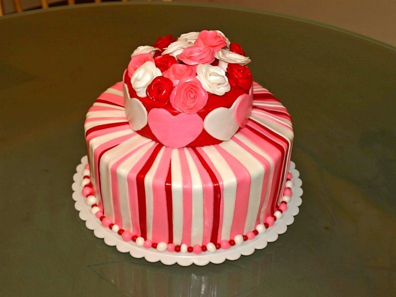 Valentine S Day Cake All The Love In My 3 Valentines Day Cakes