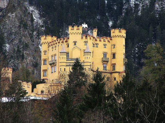 Schloss Hohenschwangau Germany Bayern Germany Castles Places To Visit Travel Around The World