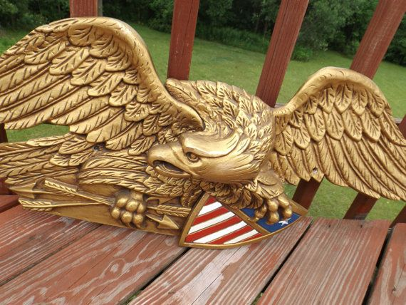 Huge Metal AMERICAN EAGLE