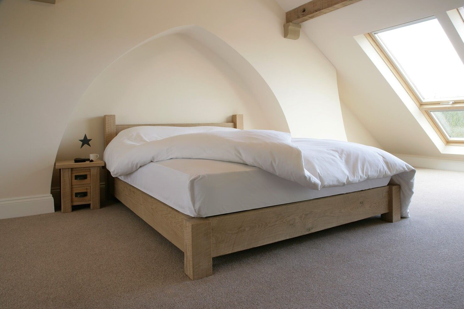 The Crofter's Oak Bed, No Footend