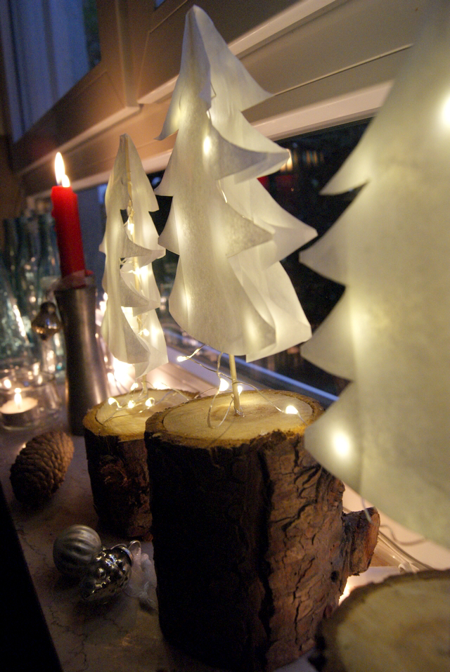 Weihnachtsbäume aus Papier #adventskranzideenkinder