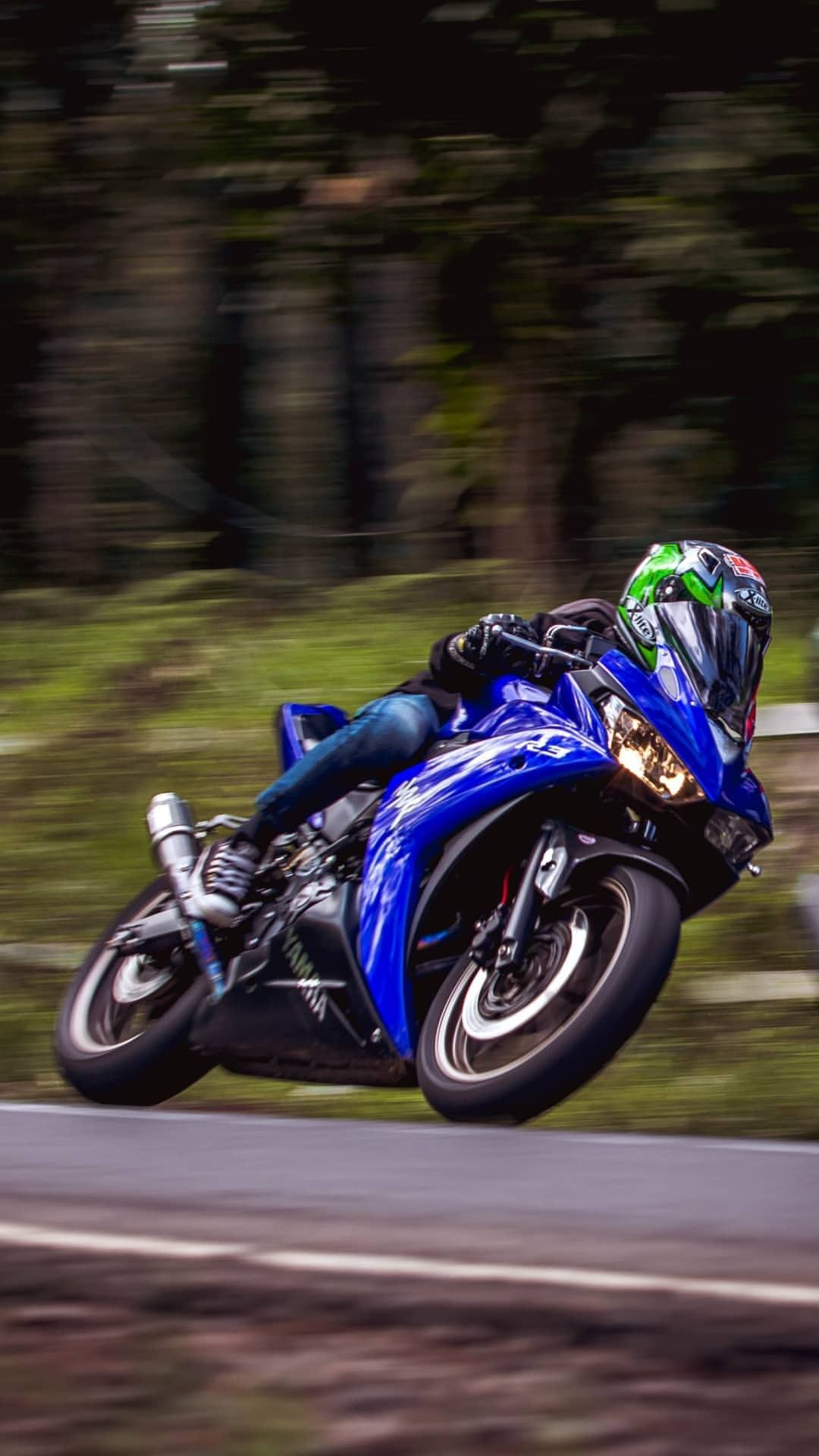 Pin de March em 2. Yamaha Sport Bike