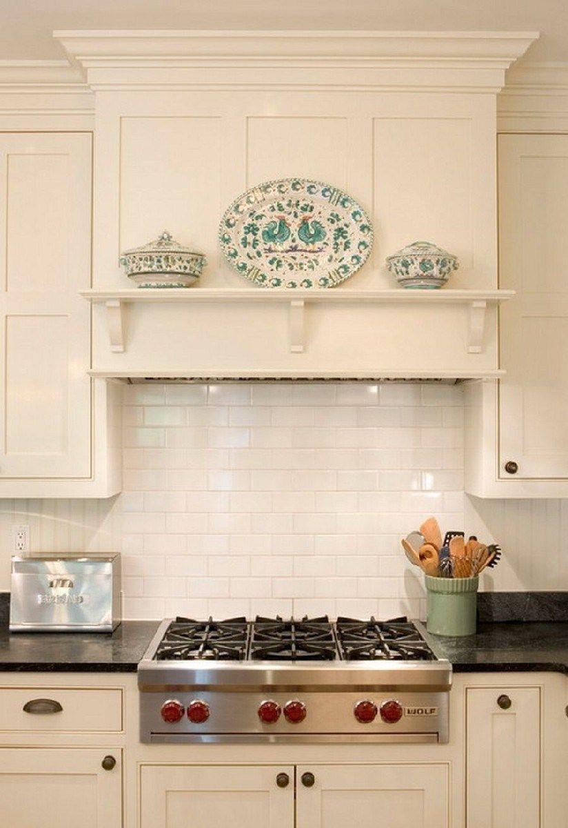 Best Decorative Kitchen Wood Range Hood Design Ideas 19