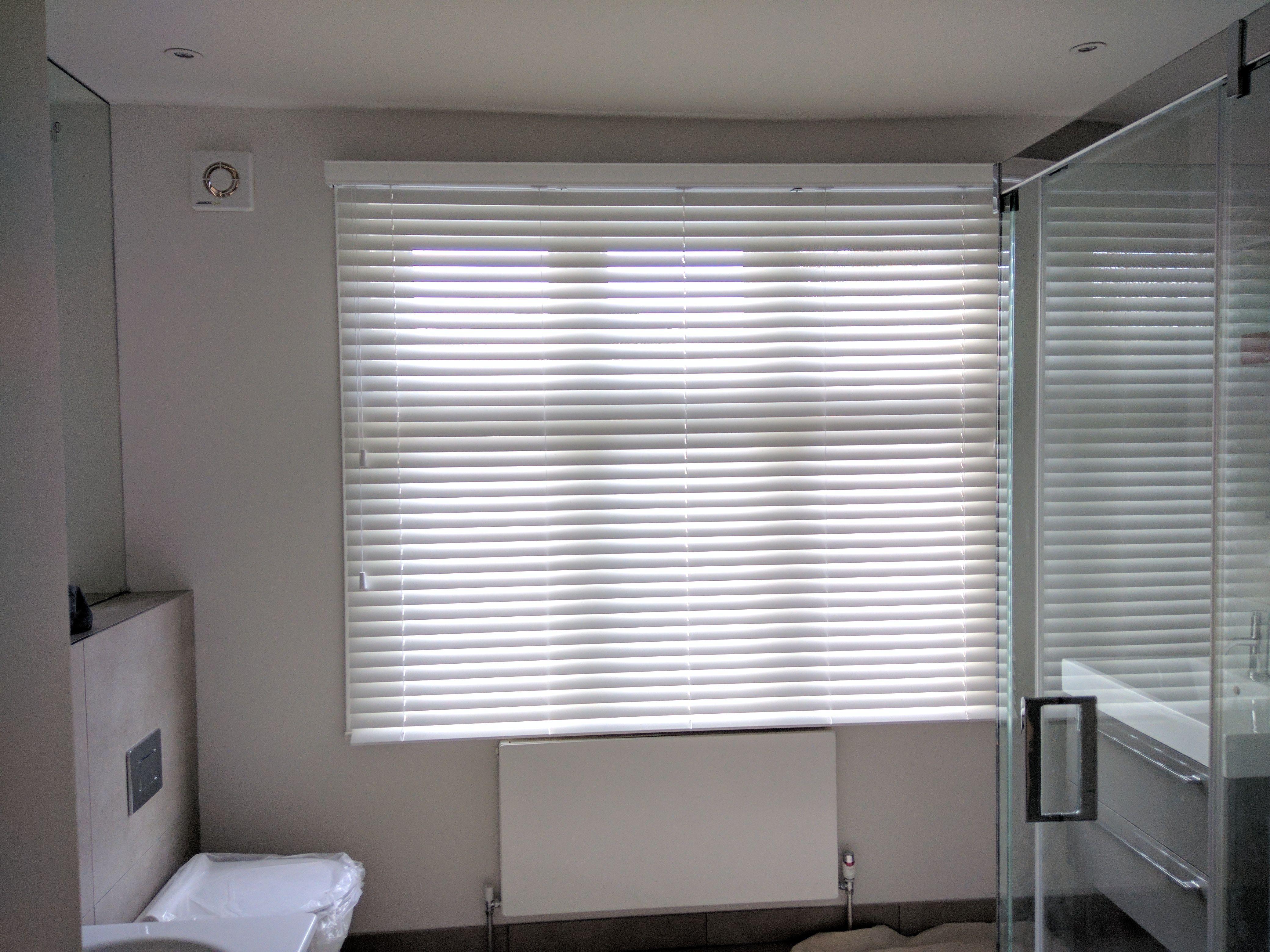 30 Bathroom Blinds Inspiration Ideas Bathroom Blinds Blinds Inspiration Blinds