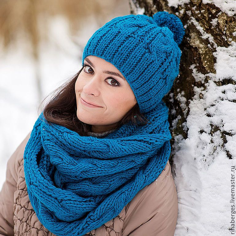Вязанные шапки комплекты с шарфами