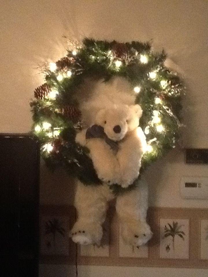 Polar Wreath