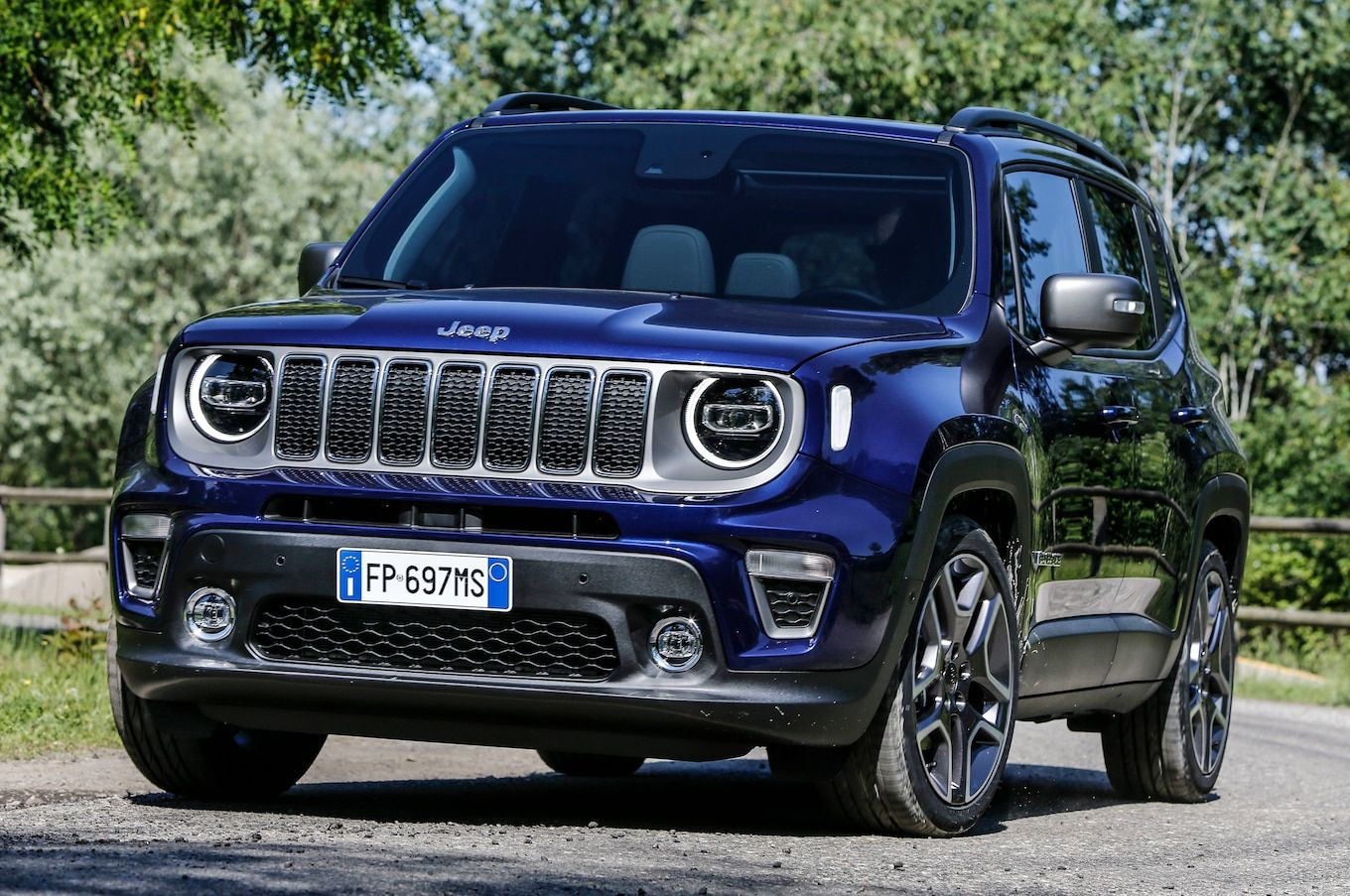 2019 Jeep Renegade Shows Off New Face Jeep Renegade Jeep