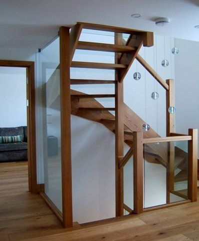 Best Case Study Seabank Glass Staircase In 2020 Glass 400 x 300