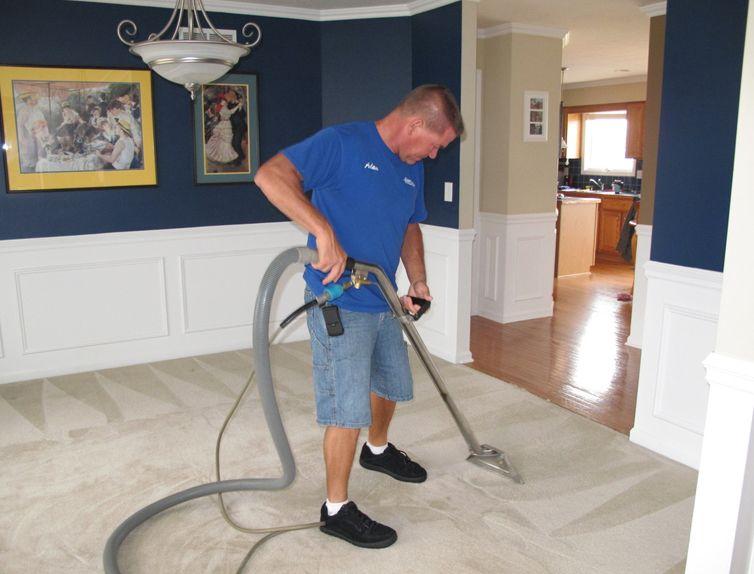 شركة تنظيف موكيت فى الرياض 0507896711 شركة الابداع لخدمات النظافة وتسليك المجاري الابداع للخدمات العامة Home Appliances Vacuums Home