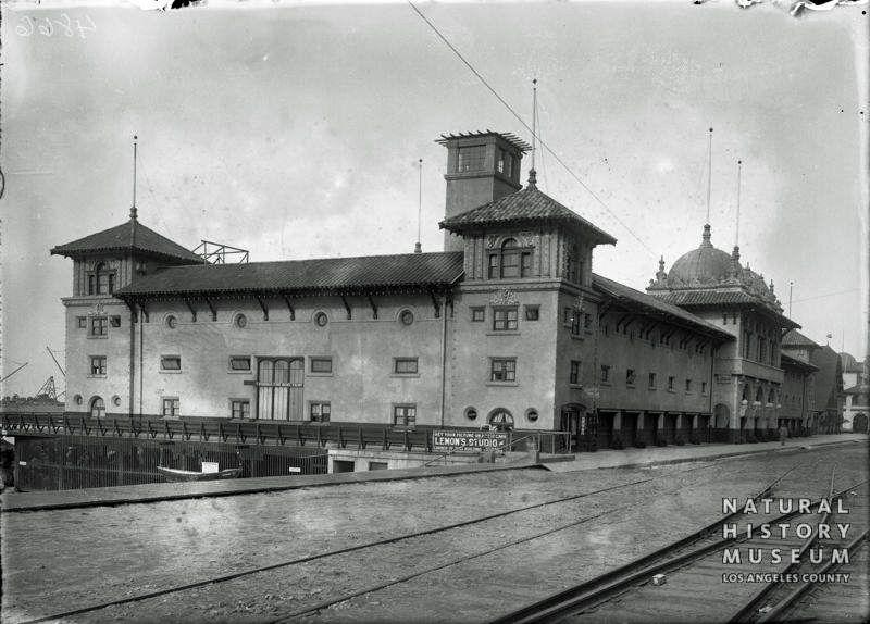 1890's Redondo Beach pier area.  Lemon's Studio.