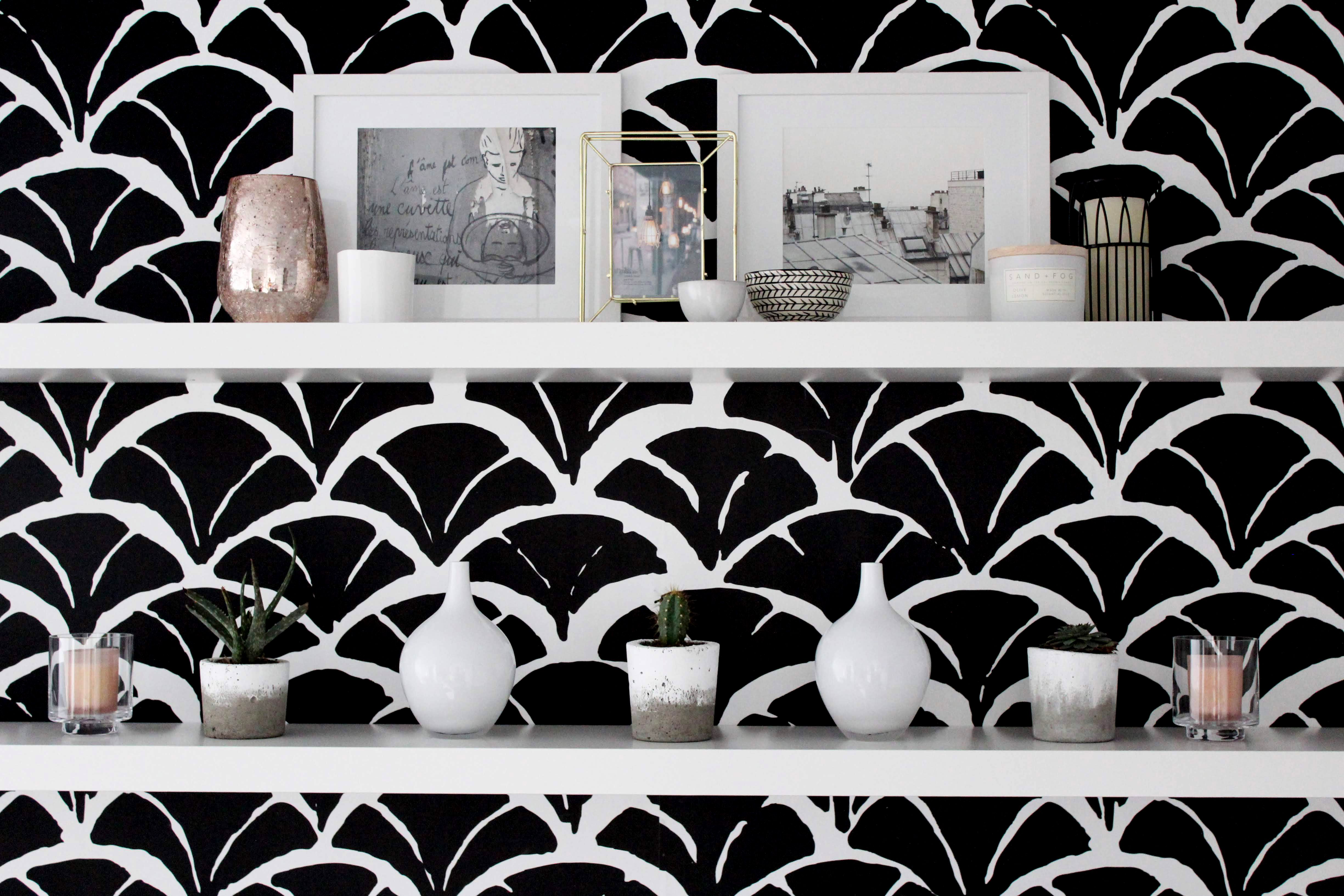 Black Calyxes Removable Wallpaper It S A Very Good Quality Matte Material Its Structure Reminds Of A Cloth Fabr Fish Scale Pattern Wall Murals Geometric Decor