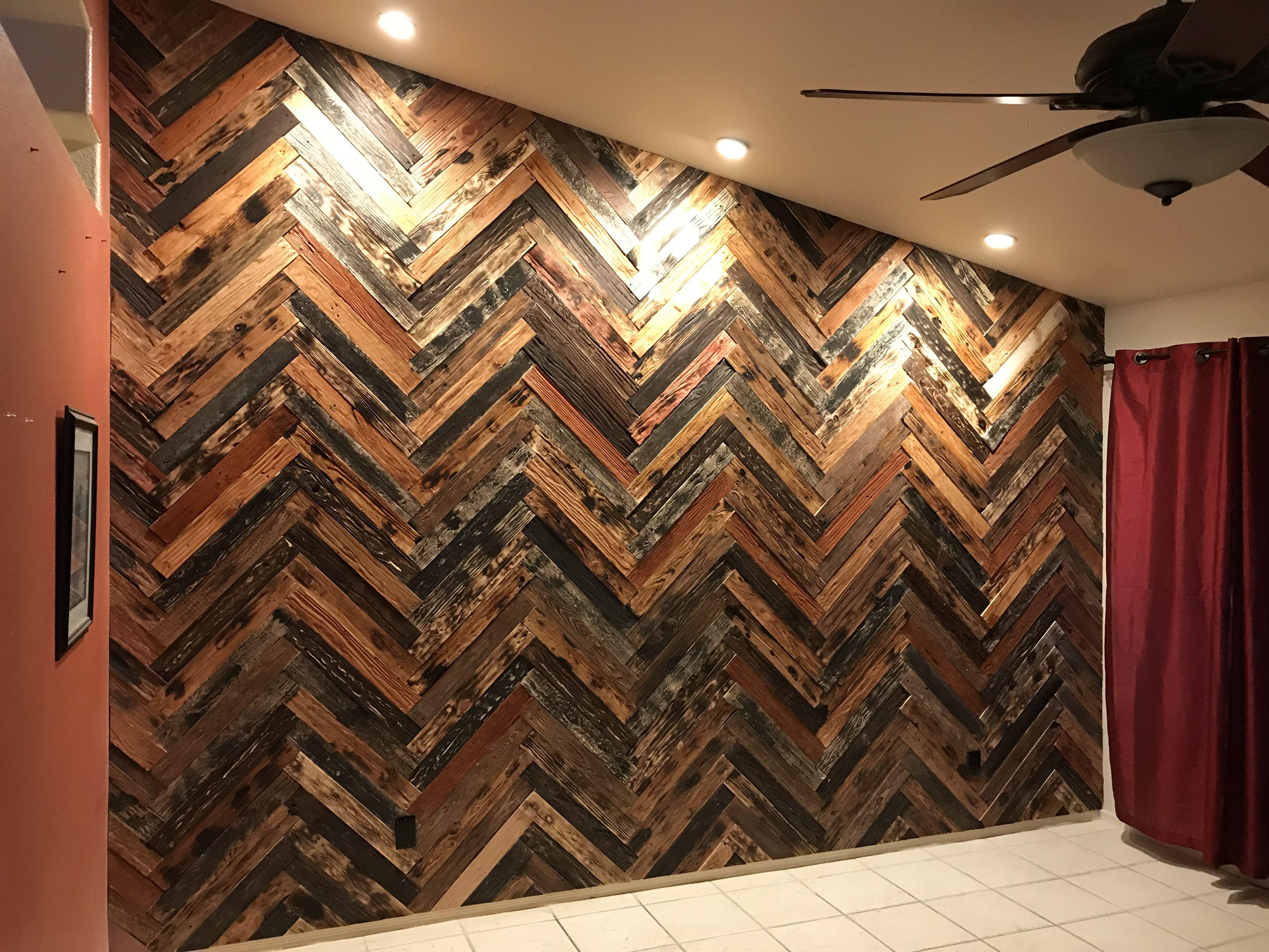 Barnwood wall using pine pallet wood   Barnwood wall, Wood ...