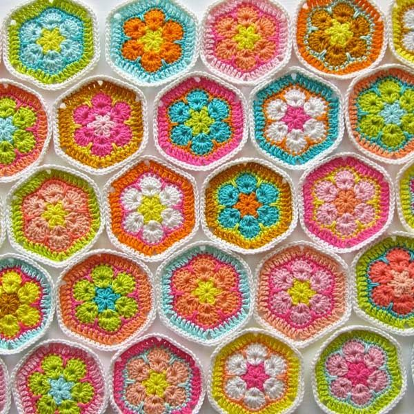 Afghan Chit Chat Site monday chit chat (color 'n cream) | crochet, african flowers and