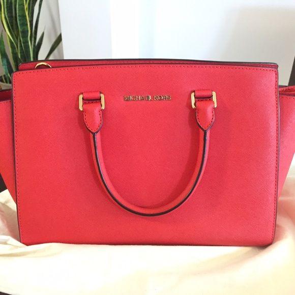 aafb14da7f3061 ... Michael Kors Med Satchel Barely used, like new Michael Kors Selma  Saffiano leather medium satchel ...