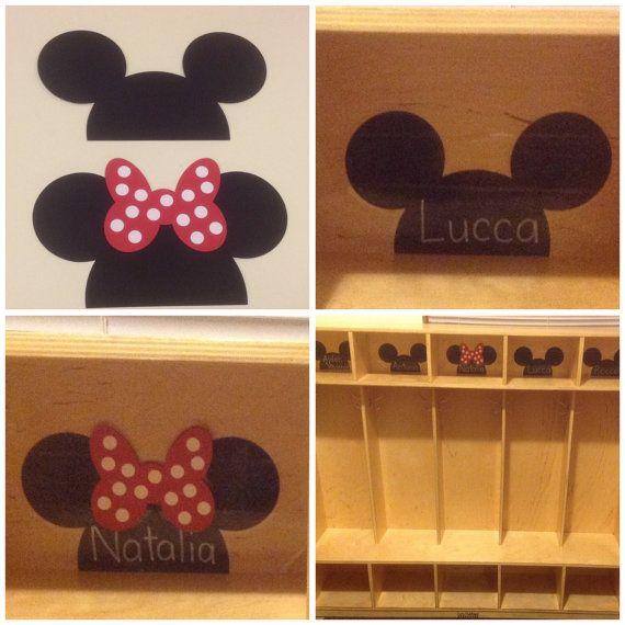 Lot of 36 preschool kindergarten walt disney mickey and minnie mouse locker cubbie seat table for Preschool name tags ideas