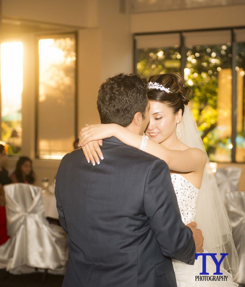 Wedding Gowns Calgary: Calgary Wedding Photographers / Calgary Photographer