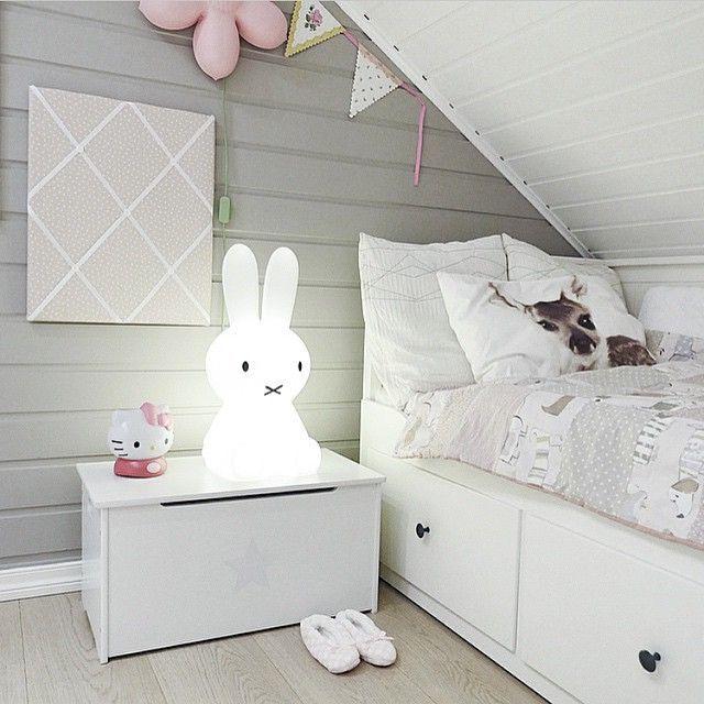pinkandgreygirlroom.jpg (640×640)