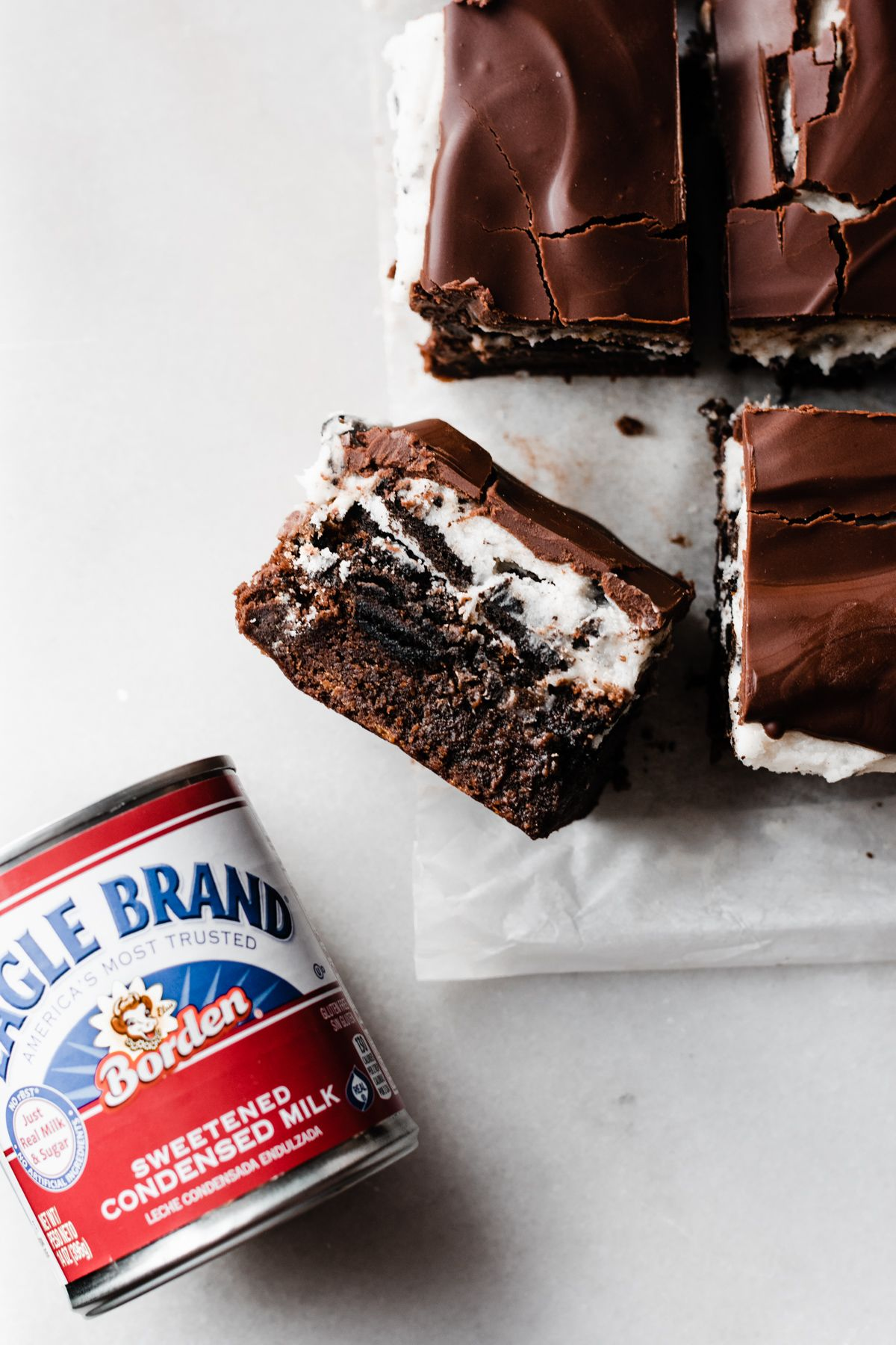 Ultimate Cookies And Cream Bars Blue Bowl Recipe Desserts Ultimate Cookies Cookies And Cream