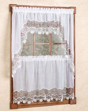 Exceptionnel Vintage Macrame Kitchen Tiers, Valance And Swag