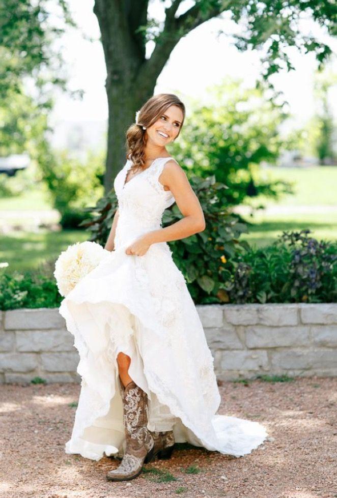 Pin by Sarah Sommers on Blushing Brides   Pinterest   Wedding dress ...