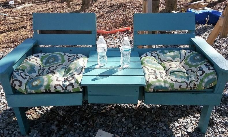 wood-pallet-twin-chair