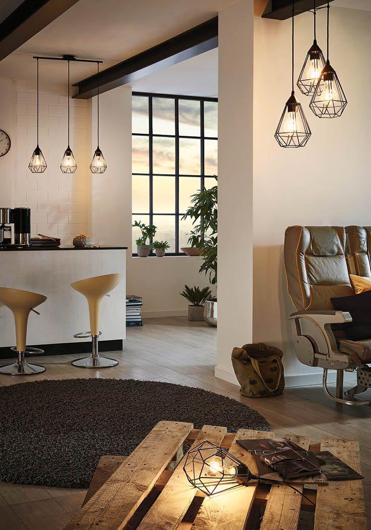 Wohnzimmer Und Esszimmer Im Loft- Und Industrial-Stil