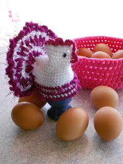 Eierwärmer Huhn Im Festtagskleid Auf Omas Frühstückstisch Gab Es