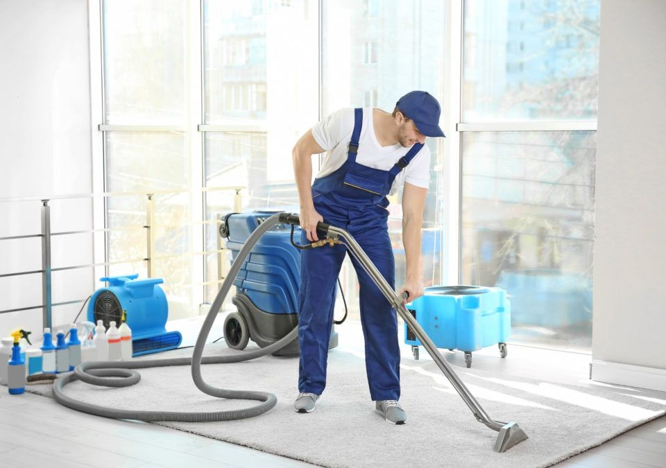 Get Carpet Cleaning In Hoppers Crossing By Professionals Carpet Cleaning Service How To Clean Carpet Professional Carpet Cleaning
