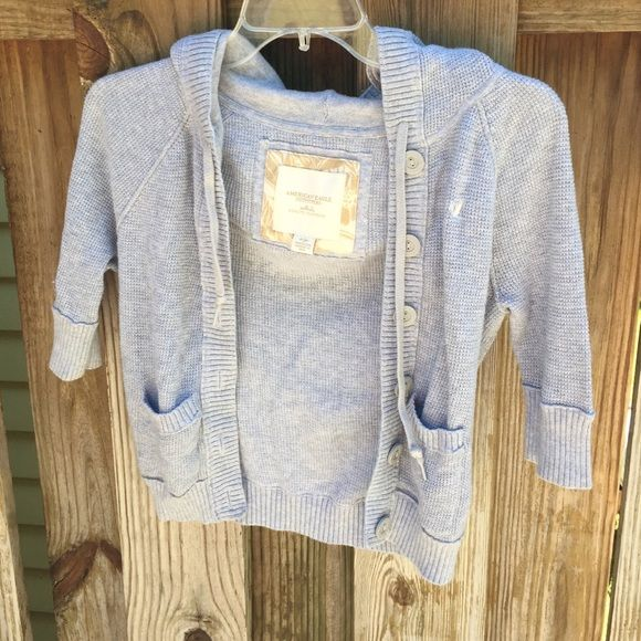 AMERICAN EAGLE BRAND Gray shrug sweater Barely worn American Eagle ...