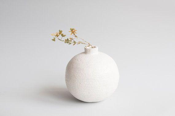 Round Ceramic Vase White Minimalistic Pure Clear Vessel Home Decor Wabi  Sabi Handmade Handbuilt Ceramics Pottery Vase Circleu2026