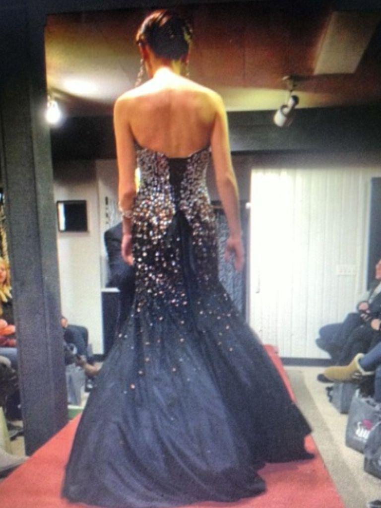 Lovetps Fashionshow Rocktherunway Black Gold Mermaid Updo Prom Dress Dresses Strapless Dress Formal Formal Dresses [ 1024 x 768 Pixel ]