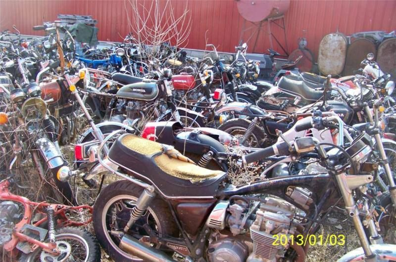 Motorcycle Salvage Vintage Junk Yard Parts 300 Honda 750 350