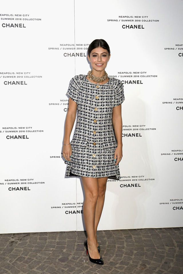 online retailer 9118d 9917b Il tubino elegante di tweed è il vestito di moda dell ...