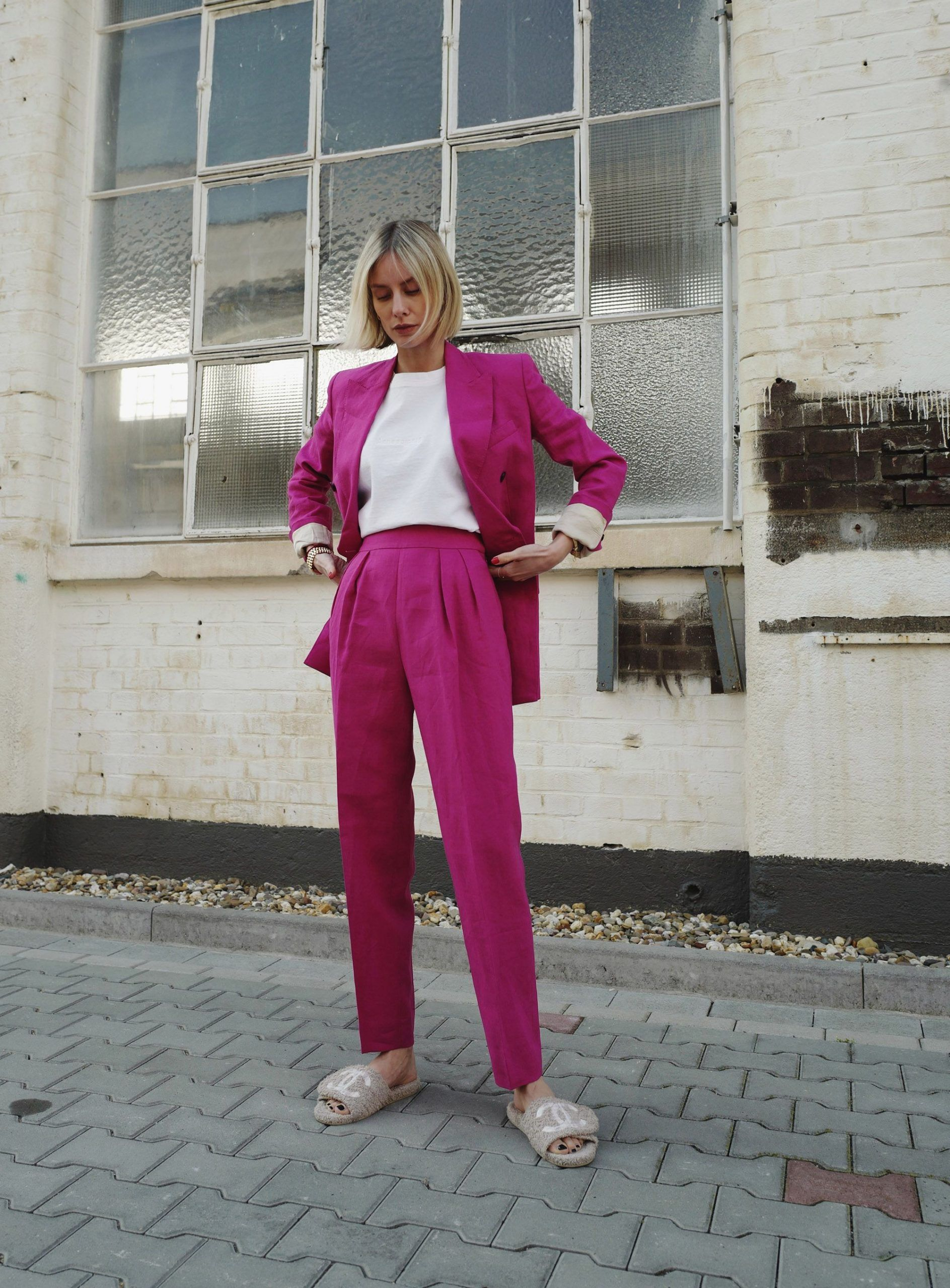 The Theory power suit  Lisa Hahnbück  lifestyle travel  fashion blogblog