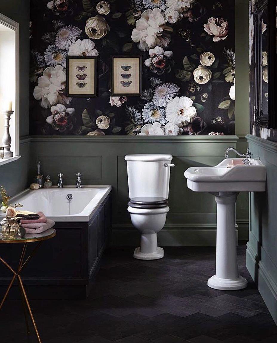 Dark Floral Wallpaper Traditional Bathroom Bathroom Interior