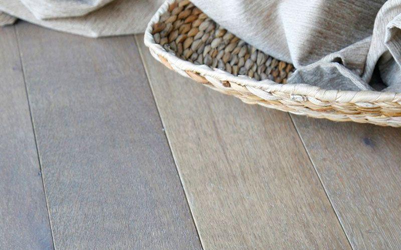 Detalle tarima color gris para comercio tarimas - Floter tarimas ...
