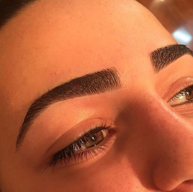 Damoneroberts Sculpted Eyebrows By Our Beverlyhills Lead Artist