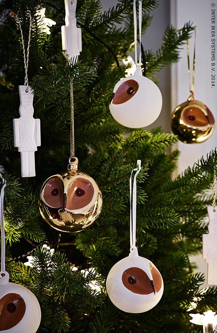 Ga voor uiltjes in je boom!  De VINTERMYS uil kerstballen zijn mondgeblazen en met de hand beschilderd.