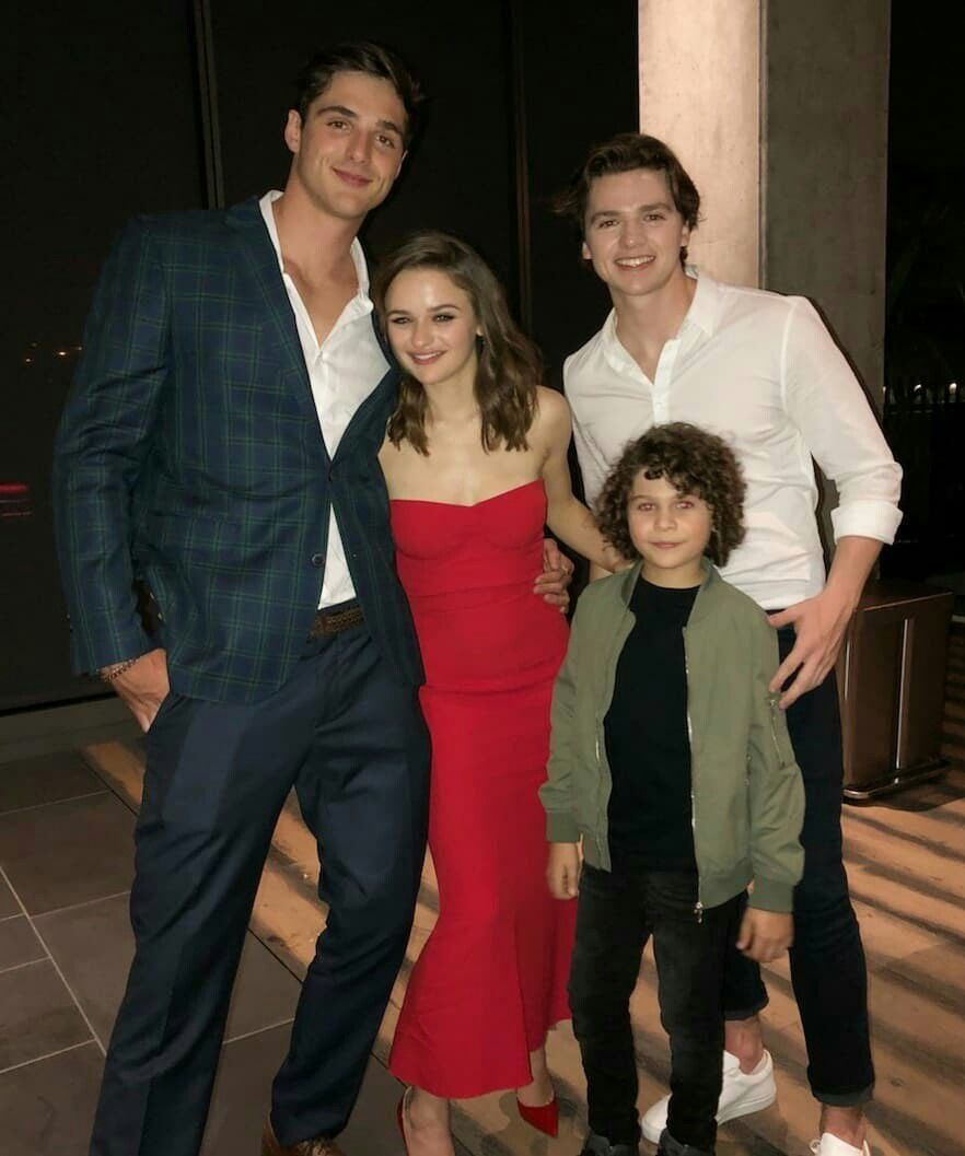 The Kissing Booth Cast