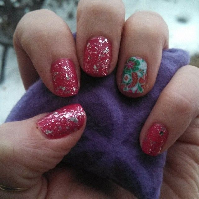 Jamberry Kiss Nail Lacquer with Lovestruck topcoat and a Siesta Nail ...