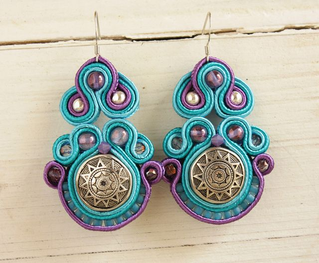 Soutache earrings by Afrikitten / Stoned Cherry, via Flickr  this could be a project for me