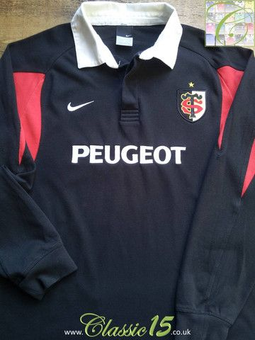 Relive Stade Toulouse's 2005/2006 season with this vintage Nike home long sleeve rugby shirt.
