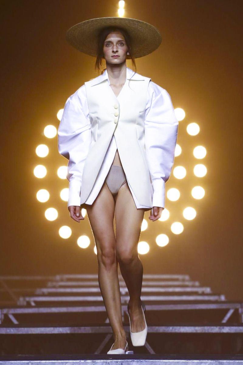 Jacquemus Ready To Wear Spring Summer 2017 Paris